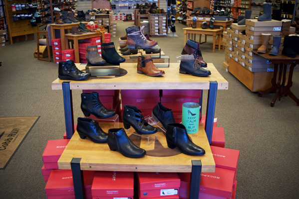Browns Shoes Freeport Il